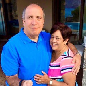 Carlos y su esposa Celina